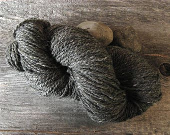 Gray Charcoal Grey Peace Fleece 4 ounce skein. Wool Mohair. Knit Crochet Felt. Made in New England. Ships from Vermont USA