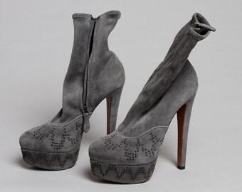 Azzedine Alaia grey suede boot with studs
