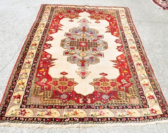Gorgeous Vintage Anatolian Rug -- 7 ft. 6 in. by 4 ft. 6 in.