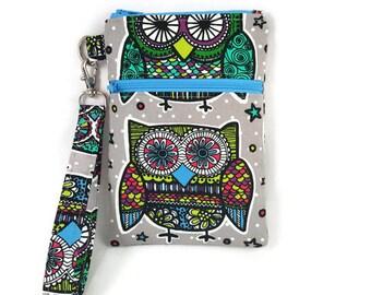 Wristlet / Front Zipper Pocket / Passport Wallet / iPhone / Samsung Galaxy / Cellphone Wallet / Colorful Owls