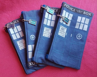 Doctor Who inspired Tardis zipped pouch