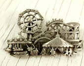 AJC Vintage Amusement Park Brooch with Moving Ferris Wheel (retro 70s 80s silver tone pin roller coaster boardwalk rhinestone pewter)