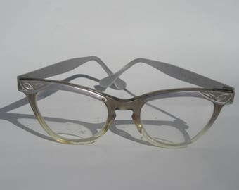 Great 50's cats eye glasses