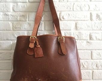 Vintage Liz Claiborne Distressed Leather Shoulderbag