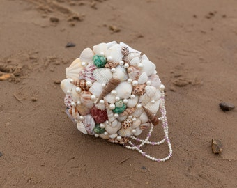Sea shell and pearl bouquet, beach wedding, wedding abroad, bridal bouquet