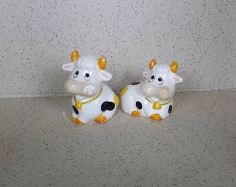 Black and White Cow Shakers