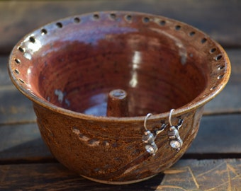 stoneware jewelry bowl with ring holder