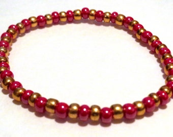 Red Pink and Gold bracelet made from Seed Beads and stretch cord. Pink seed bead bracelet, stretchy bracelet. Golden bracelet, Red seed bead