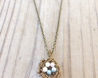 Bird nest Necklace, Mothers necklace, Gift for Mom, Family Jewelry, Woodland Necklace, Mommy Necklace,
