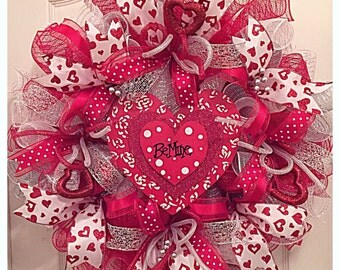 BE MINE Valentine Red and White Heart Deco Mesh Wreath/Red and White Wreath/Valentine Wreath
