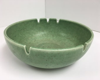 Vintage ashtray stoneware bowl in speckled mint green // mid century