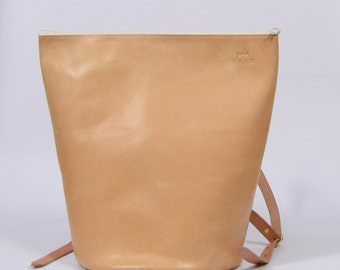 Susi - bright brown leather backpack
