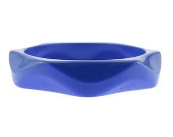 Vintage Blue Bracelet, Vintage Blue Bangle, Blue Lucite Bangle Bracelet