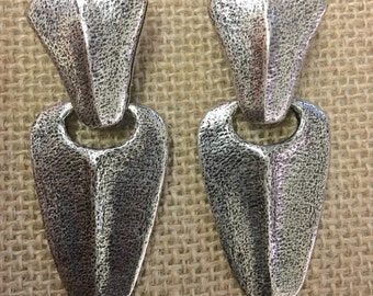 "Vintage ""Matiere Premiere"" Paris pewter clip on earrings made in France"