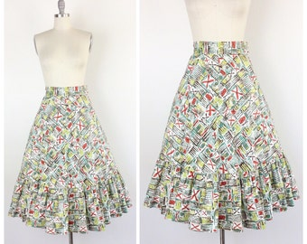 50s Hawaiian Print Full Skirt / 1950s Vintage Tiki High Waisted Skirt / 25 inch waist