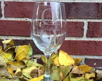 Personalized Etched Wine Glass, Bridesmaid Gift, Wedding Gift