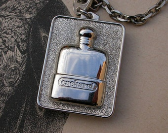 French vintage advertising Cacharel pendant key ring Rare, silver Plated Perfume Bottles key ring pub collection