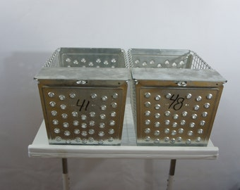 Vintage Metal Wire Locker Basket Gym Industrial Pool Toy Towel Book storage Bin Basket