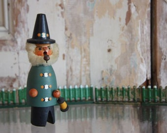 Christmas Incense Smokers: The Weird One ll