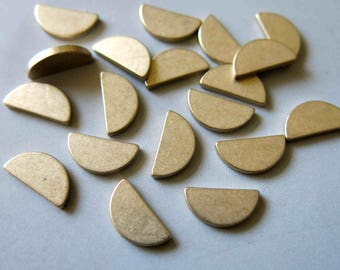 100pcs Raw Brass half round Stamping Blank,Stamping Tag, 12mmx6mm - F509