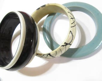 Lot of Three Vintage Trendy Variety Bangle Bracelets Black White Lines Wood