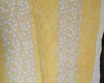 Yellow/White Strip Quilt