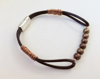 Handmade Brown Leather And Pearls Bracelet Women Greek Leather Copper Wire Philippine Freshwater Pearls Magnetic Clasp Wire Wrapped Strands