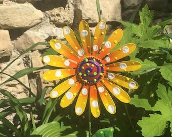Metal Garden Art Flowers, Garden Stakes,Lawn decor,Outdoor garden Stake,Garden Decor,Metal Yard Flower,Outdoor Decoration