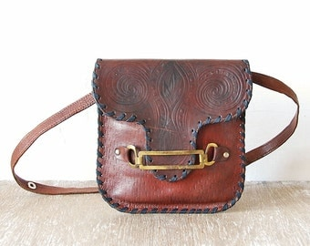 Vintage Leather Small Handbag, Sturdy Leather Purse, Small Shoulder Bag, Bordeaux Leather Teen Pouch