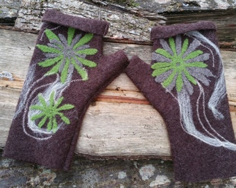 Mittens with thumb, fingerless, 100 % boiled wool, brown