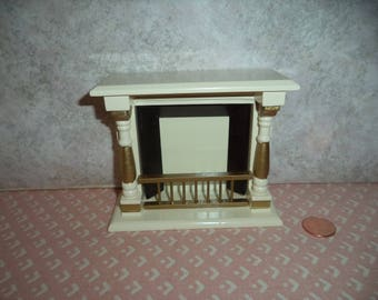 1:12 scale Dollhouse Miniature Off White and Gold Fireplace