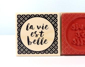 Stamp of la vie est belle