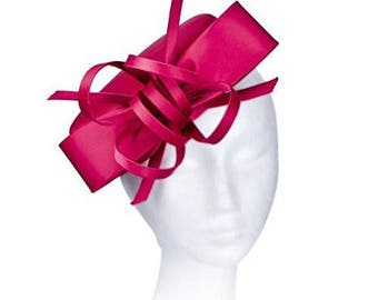 Janeo Kate Pillbox Fascinator Hat Headwear. Classic, Crisp and Clean Shape with Bows. Pearlised Satin Pill Box in 5 Colours - Classic Red