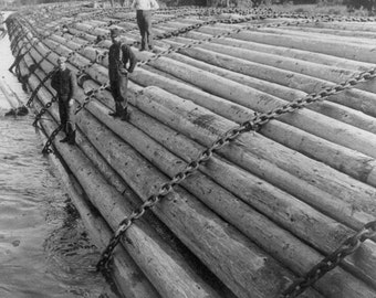 Log raft headed down in Columbia River (year 1902), Columbia River, Oregon, Loggers, 1900's