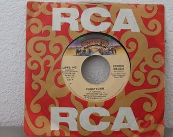 Funkytown 45 Vinyl Record c1979