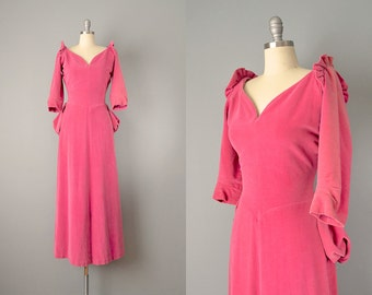 50s Dress // 1950's Pink Velvet Victorian-Style Dress // Small