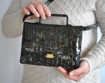 Vintage PICARD MESSENGER LEATHER bag ...........(114)
