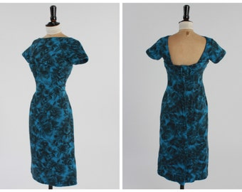 Vintage original 1950s 50s 1960s 60s blue blurred rose print wiggle dress UK 8 10 US 2 4 XS S
