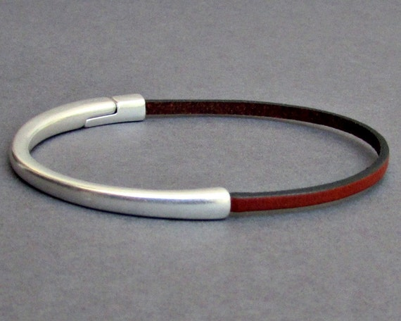 Mens Leather Bracelet, Dainty Bracelet, Minimalist Bracelet, Boyfriend Gift, Gift For Him, Wide 3 mm Customized On Your Wrist