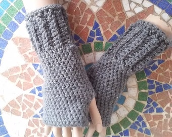 Crochet Fingerless Gloves- Madeleine Light Gray