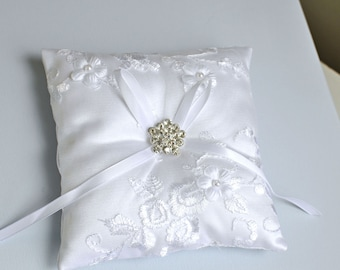 bridal cushion, Wedding ring pillow, wedding pillow, bridal pillow, ring bearer pillow, wedding cushion,