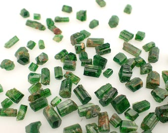 1gm Chrome Tourmaline crystals from Tanzania - appx. 4pc / 4-10mm - green natural raw stone specimens