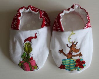 Dr Seuss Grinch & Max the Dog Baby Booties