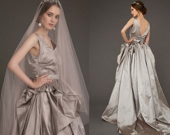 LUSHA / steel gray wedding dress trendy wedding gown fashionable exclusive wedding dress bridal gown by couture amazing wedding gown