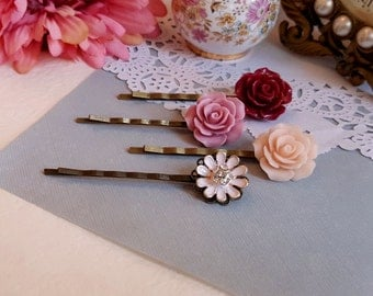 Set of 4 floral bobby hair pin Red and pink colors Nature inspired Rhinestone daisy
