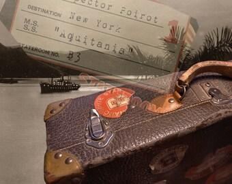 1920s - 1930s Vintage Suitcase/Luggage/Valise