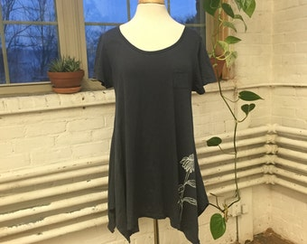 SALE! Echinacea Short Sleeve Tunic in Gray-Blue
