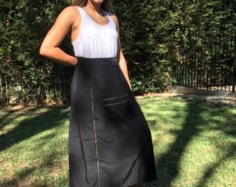 Long black skirt,large,rayon,silk, 2 large pockets,zipper design