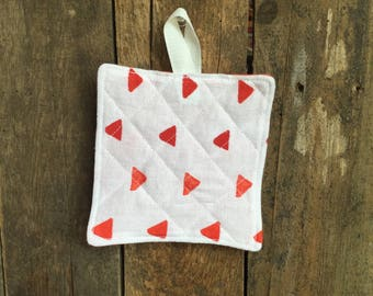Child's Hot Pad (matches Apron and Oven Mitt play set), triangles