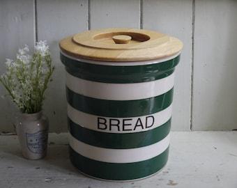Vintage Green & White Bread Box Bin - T G Green Coverleaf